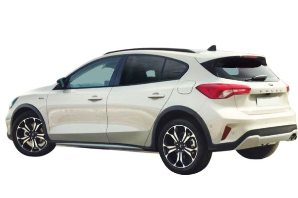 Side view of Ford Focus which is available for bad credit car lease