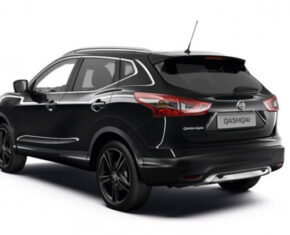 Nissan Qashqai Black Rear View