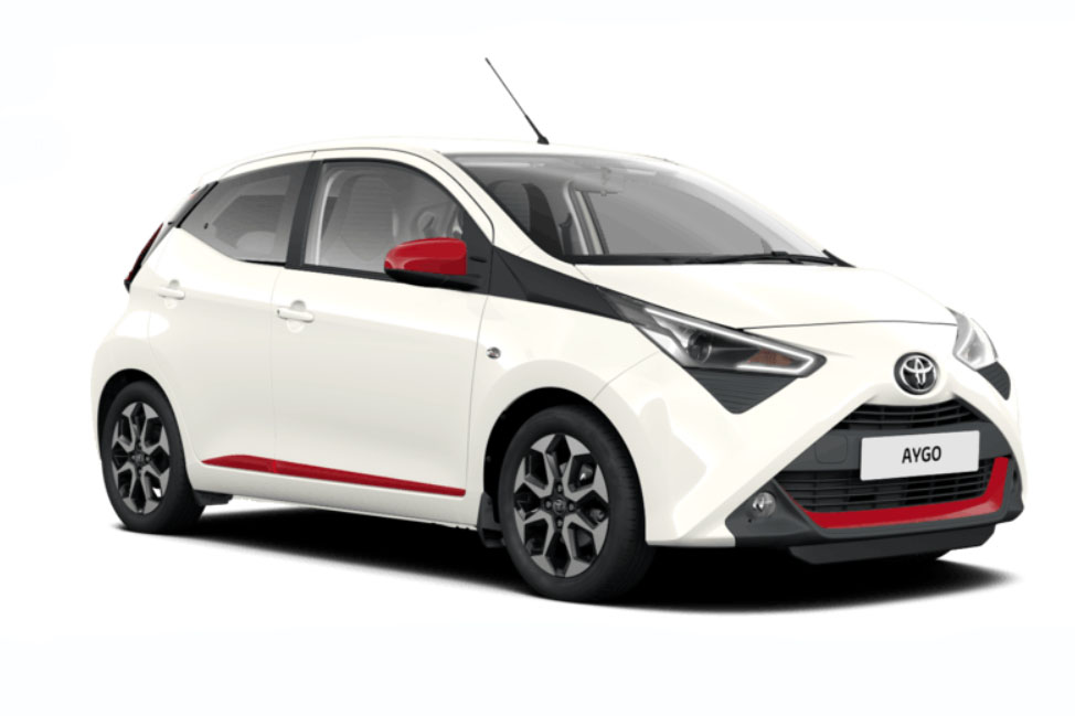 Side view of the Toyota Aygo which is available for bad credit car lease