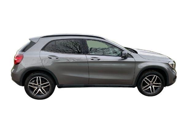 Mercedes-Benz GLA - Side View
