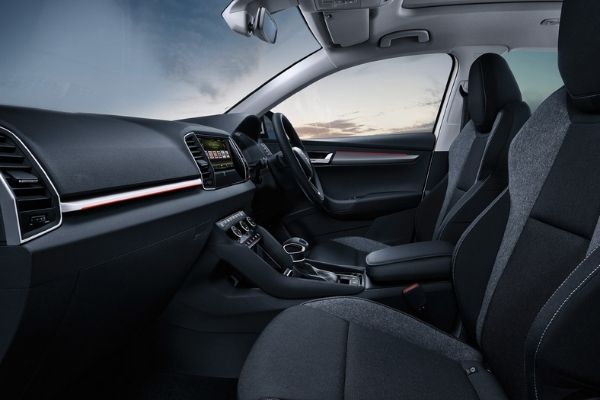 Interior view of the Skoda Karoq which is available for bad credit car lease